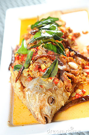Free Fried Fish On A Plat Royalty Free Stock Image - 21246886