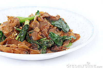 Fried noodle with pork