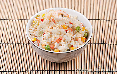 Fried rice with vegetables and prawn