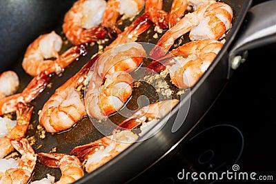 Fried shrimp cooking