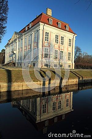 Friedrichsfelde chateau