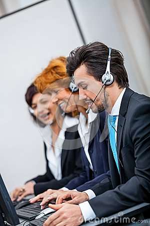 Free Friendly Callcenter Agent Operator With Headset Royalty Free Stock Images - 35281099