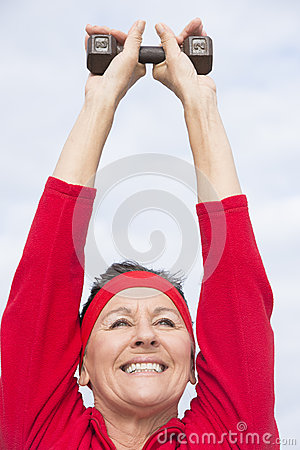 Free Friendly Healthy Mature Woman Exercising Royalty Free Stock Image - 32803926