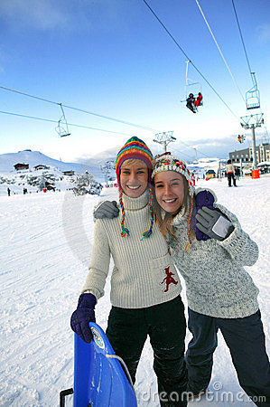 Free Friends At A Ski Resort Royalty Free Stock Image - 8992086