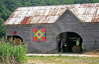 Friendship Star Quilt Barn