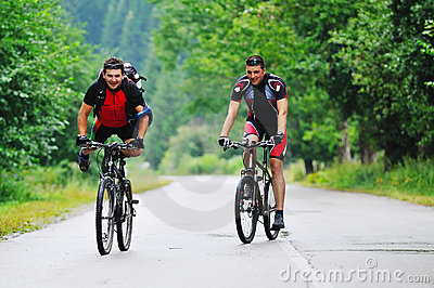 Friendship and travel on mountain bike