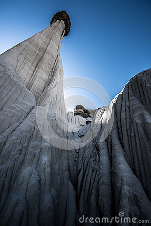 Free From The Ground Up Wahweap Hoodoos Near Kanab Stock Photos - 85930983