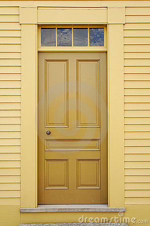 Free Front Door Royalty Free Stock Photo - 14472355