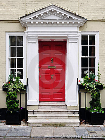 Free Front Door Of A Beautiful House Royalty Free Stock Photos - 19441518
