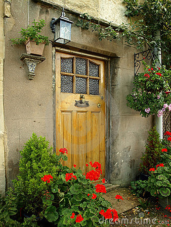 Free Front Door Of An Old Cottage Royalty Free Stock Images - 10781239