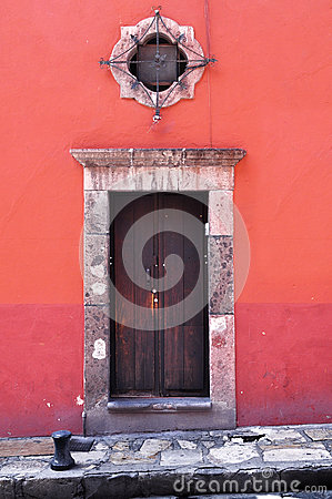 Free Front Of An Old Mexican House - Colonial Style Door And Window Royalty Free Stock Photography - 34689097