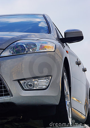 Free Front Of Car Stock Image - 8099561