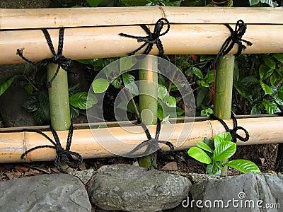Frontière de sécurité en bambou japonaise