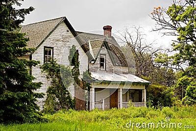 Frontseite des Hauses des Abandonded Verriegelungs-Originals