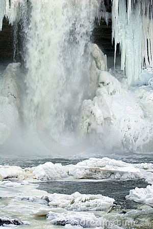 Free Frozen Waterfall Stock Image - 380691