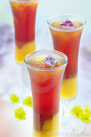 Fruchtmischungsgetränk