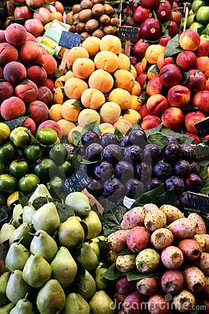 Free Fruit And Vegetables Royalty Free Stock Photography - 883237