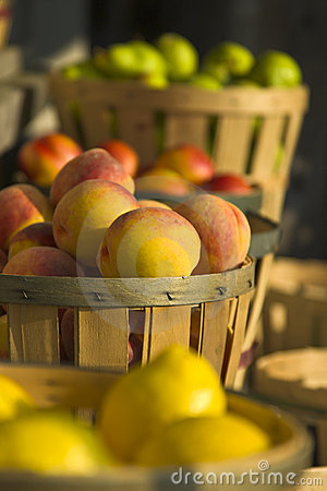 Free Fruit At Roadside Market Stock Images - 4831404