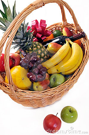 Free Fruit Basket  With  Wine Stock Image - 15753021