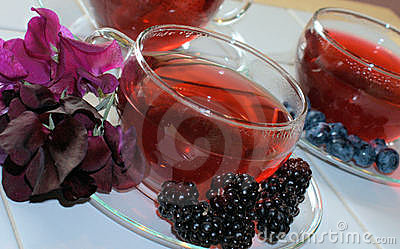 Fruit/herb teas with fruit