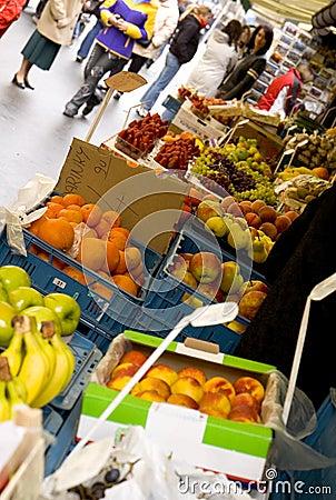 Free Fruit Market Royalty Free Stock Photos - 100328