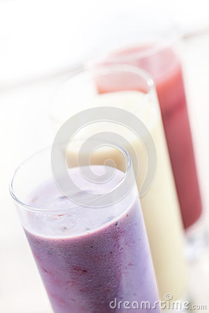 Free Fruit Smoothies Or Milkshakes Royalty Free Stock Images - 26007149