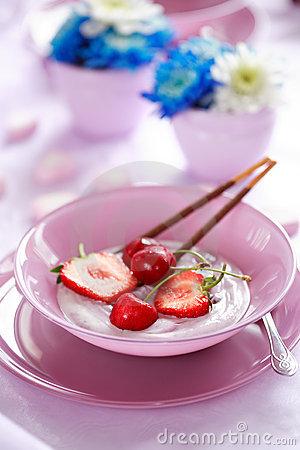 Fruit yougurt