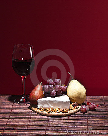 Fruits, cheese and red wine