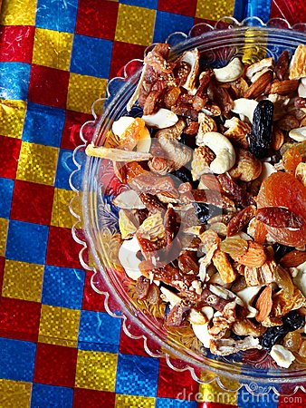 Fruits and nuts/ Dry fruits