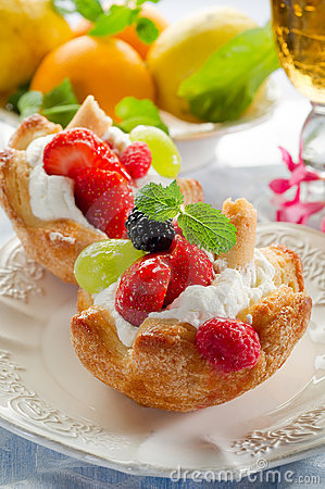 Free Fruits Pastry Stock Photo - 15346290
