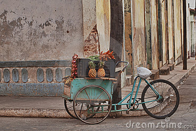 Fruits and veg cart, Cuba