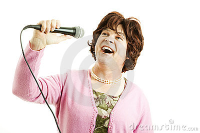 Frumpy Singer Belts One Out