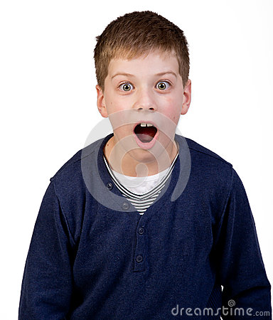 Förvånad pojke