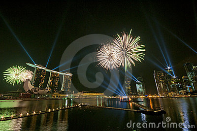 Fuegos artificiales en la apertura de los Juegos Olímpicos de la juventud (5) Fotografía editorial