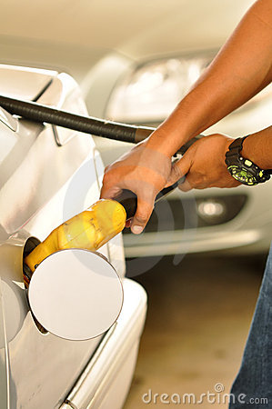 Free Fuel Filling At Gas Station Royalty Free Stock Images - 21827909