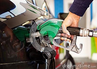 Fuel refilling