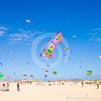 FUERTEVENTURA - NOVEMBER 13, 2011: KITE FESTIVAL Editorial Stock Image