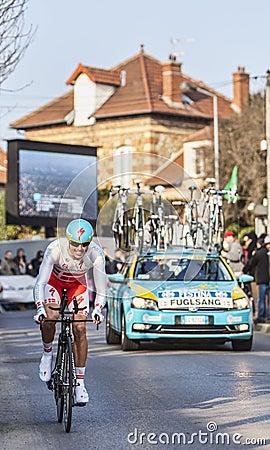 骑自行车者雅各布Fuglsang-巴黎尼斯2013年序幕在Houilles 图库摄影片