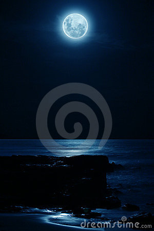 Free Full Moon Royalty Free Stock Image - 1734386