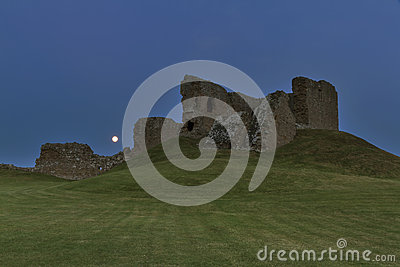Full moon at Duffus Castle