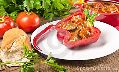 Full paprika (with meat)