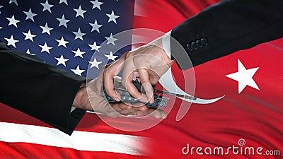 Funcionários dos EUA e da Turquia trocam dinheiro de tanques, antecedentes de bandeiras, defesa do país ilustração do vetor