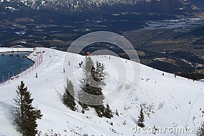Funcionamento de esqui, Áustria.