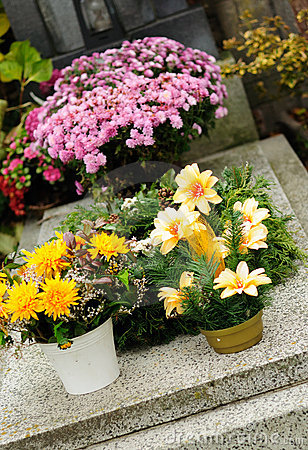 Free Funeral Flowers Stock Image - 21922071