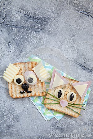Free Funny Sandwich For Kids Lunch On A Table Royalty Free Stock Photography - 99635677