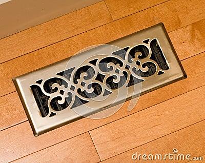 Furnace heat register