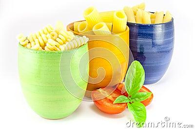 Fusilli, rigatoni and pens pasta