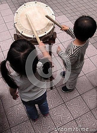 Future drummers duet...:)