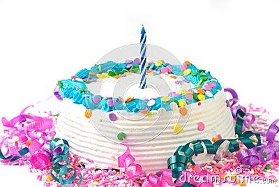 Gâteau D'anniversaire Avec La Bougie