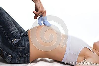 Gå på en gravid tummy